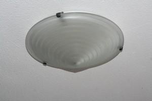 Opgehangen lamp