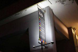 Led verlichting reclamebord avond