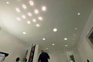 lichtreclame_in_het_plafondverlichting